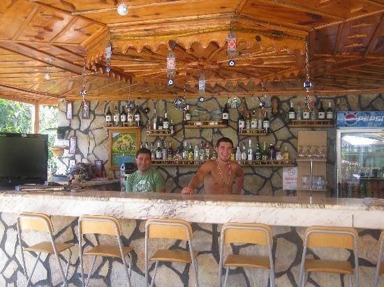 Mehtap Hotel Dalyan: Erdem and Umit