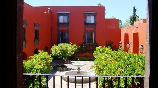 San Juan del Rio, Mexico: Uno de los patios de la hacienda