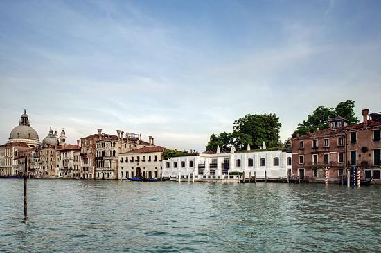 Colección Peggy Guggenheim: The Peggy Guggenheim Collection on the Gran Canal, Venice. Photo Andrea Sarti/CAST1466