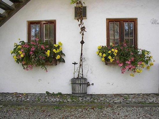 Amerang, Tyskland: symetric