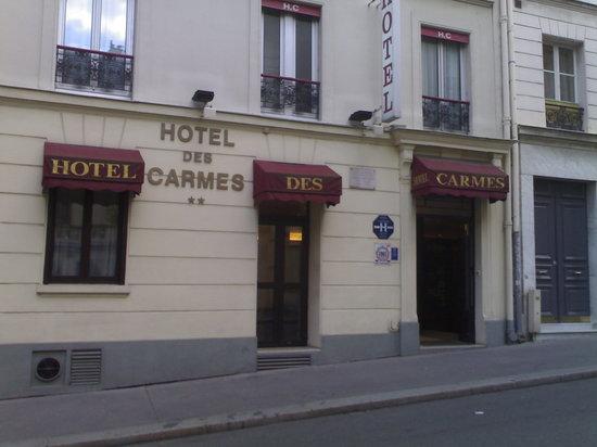 Hotel des Carmes: l'ingresso dell'hotel