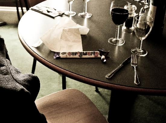 Bed Restaurant : a curly wurly moment