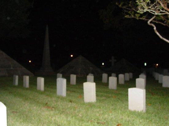 GhoSt Augustine : Natl. Cemetery Orbs