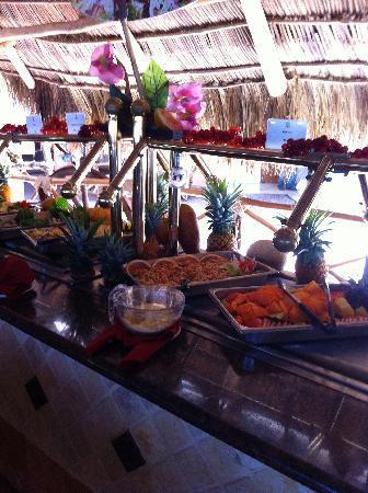 Las Palmas by the Sea: Buffet