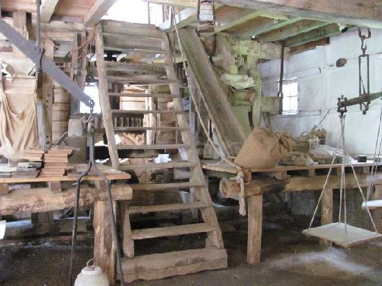 Bokrijk : in the granerymill