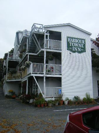 Harbour Towne Inn on the Waterfront: View from the water