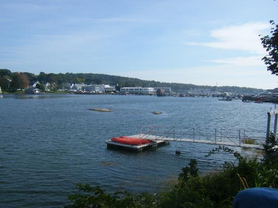 Harbour Towne Inn on the Waterfront: View from top of dock - high tide