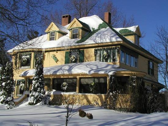Oxford House Inn: Winter Wonderland