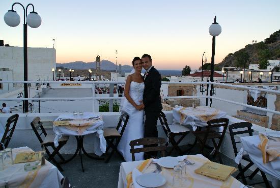 Kalypso Restaurant : Newlyweds