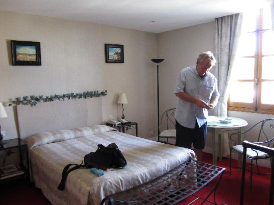 Les Rives De Notre Dame : Room
