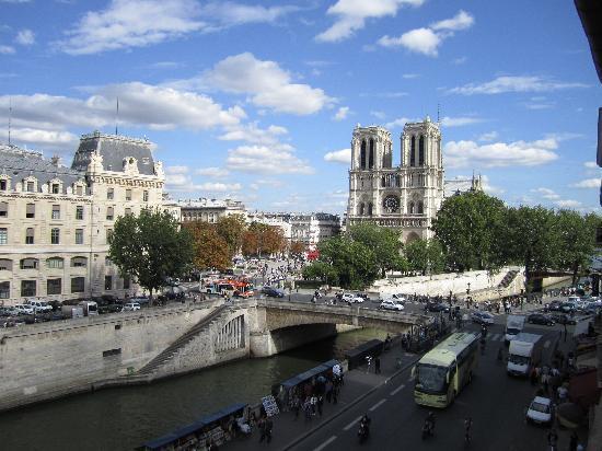 Les Rives De Notre Dame : View from room