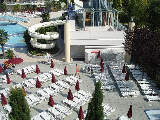 Villaggio Planetarium Resort: flume