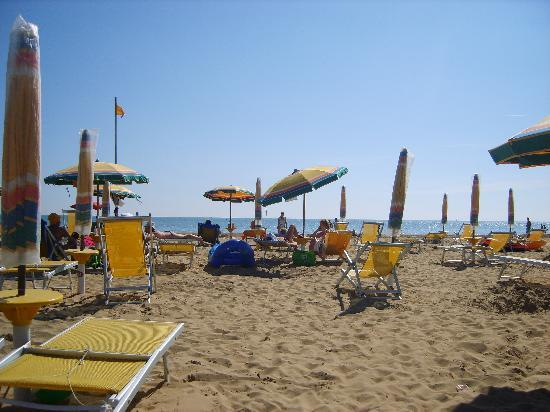 Villaggio Planetarium Resort: beach