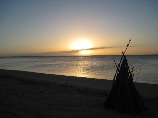 Robinson Crusoe Island Resort: Amazing sunsets