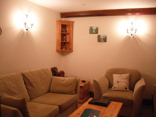 Cumberwell Country Cottages: Meadow living room - Sept 2010, my 5th visit