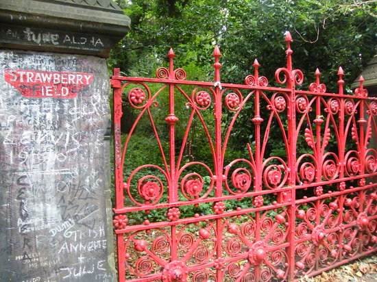 Liverpool, UK: Strawberry Fields