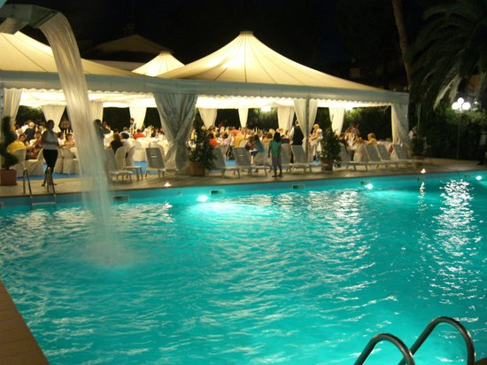 Hotel bellavista roseto degli abruzzi italy abruzzo reviews photos tripadvisor - Hotel giardino roseto degli abruzzi ...