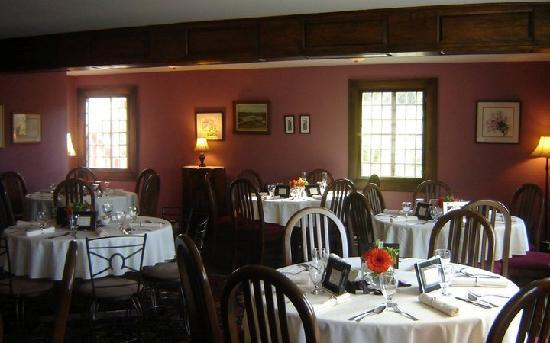 The Castle Inn: Dining room ready for reception