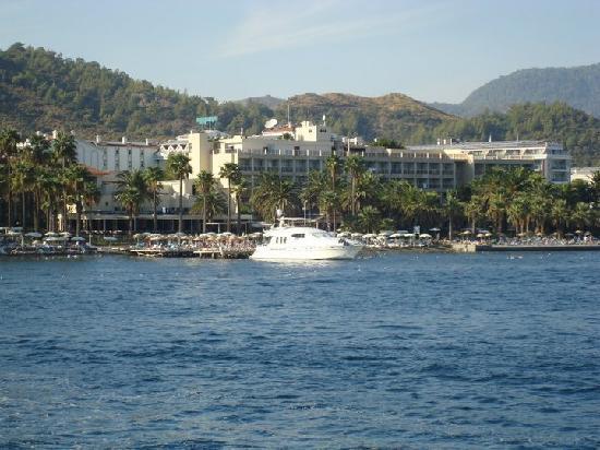 Ideal Prime Beach: Miramer Hotel from the sea (Boat Trip)
