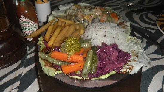 Orange County, Coorg: Delicious sizzler @ Peppercorn