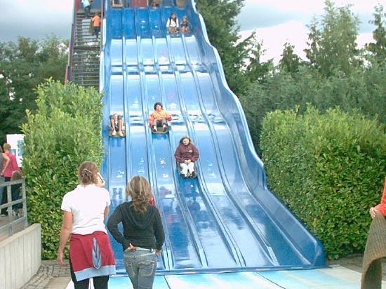 Wild- und Freizeitpark Klotten Cochem: Teppichrutsche
