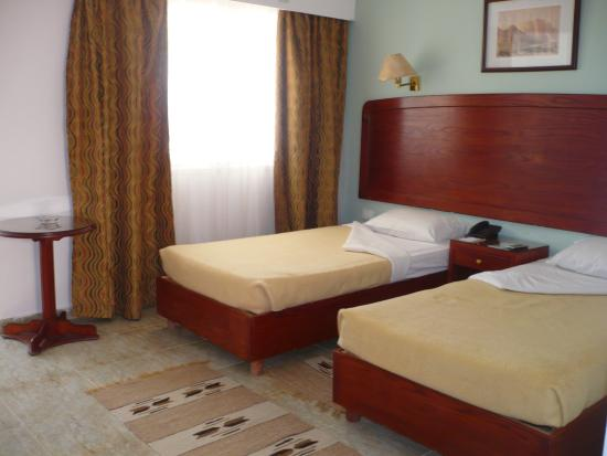 chambre tjrs tres propre The Movie Gate Hurghada 4, Єгипет,  Хургада - photo
