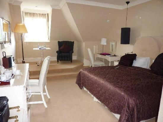 Hayfield Manor Hotel: Room 1