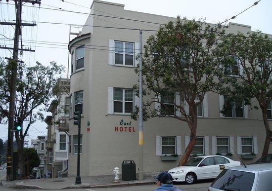Carl Hotel: exterior