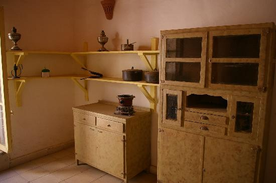 Howard Carter House : More kitchen