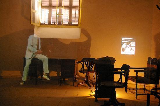 Howard Carter House : The hologagraphic presentation again