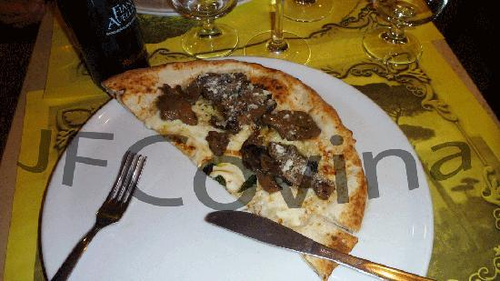 B&B La Bouganville : La Notiza Pizza