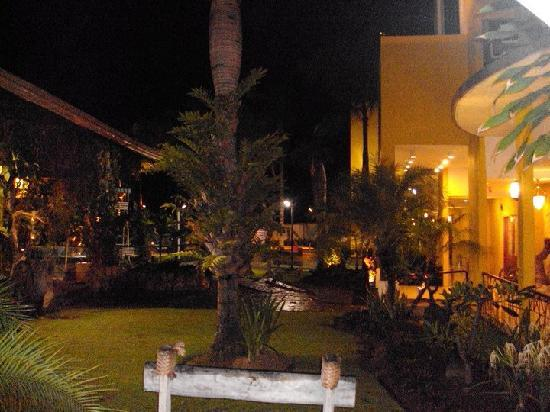 Country Village Hotel: the outsides.