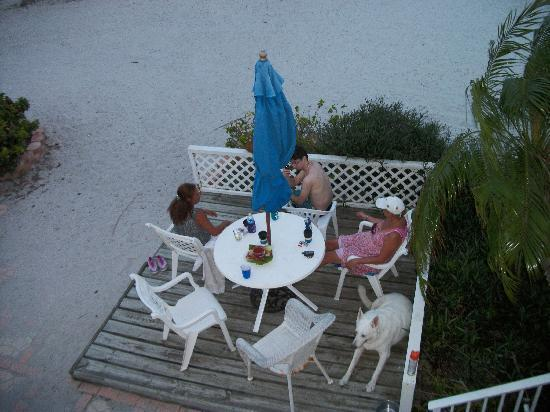 Yellowtail Inn : A few of us enjoy the deck with our dog