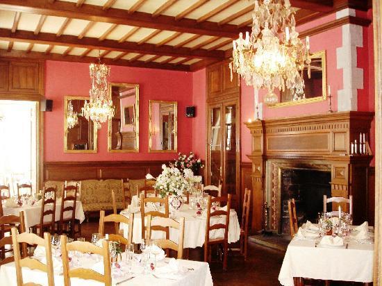 Neuvic, Francja: restaurant