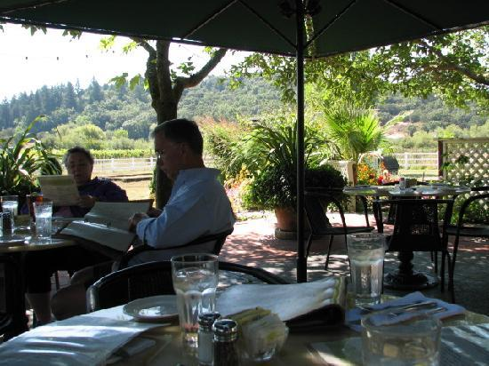 It's hard to imagine a more pleasant setting for lunch than the patio at the Kenwood Restaurant.