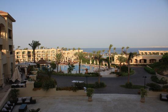 Cleopatra Luxury Resort Sharm El Sheikh: View from the Main Reception over the Two Pools, to the Ocean