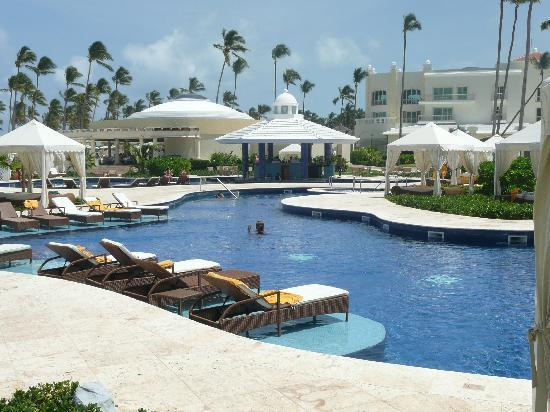 Iberostar Grand Hotel Bavaro: amazing pool