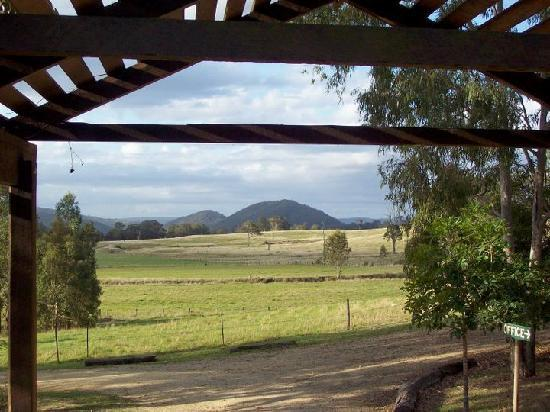 Mt Barney Lodge Country Retreat: Picturesque views