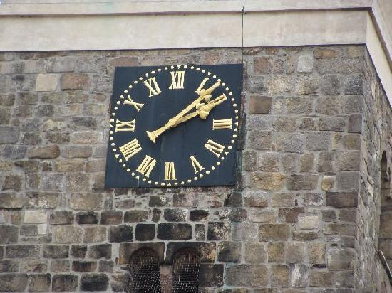 Sv Ducha (Church of the Holy Ghost) : clock