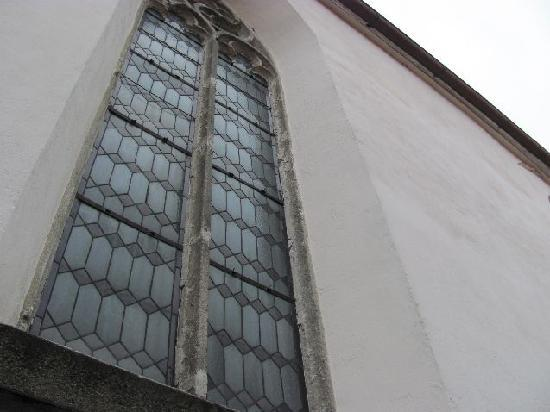Sv Ducha (Church of the Holy Ghost) : arched windows