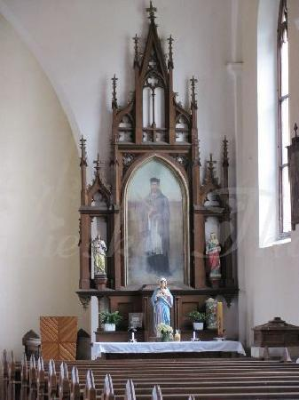 Kostel Svateho Stepana (St. Stephan Church): sidealtar right side
