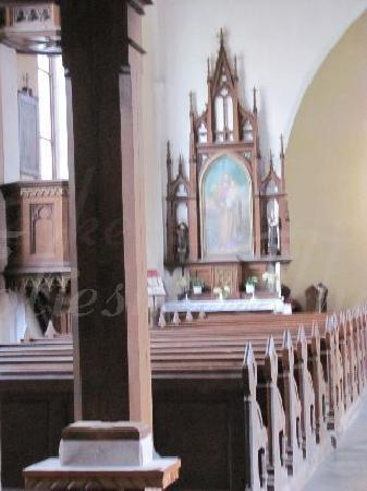 Kostel Svateho Stepana (St. Stephan Church): sidealtar left side