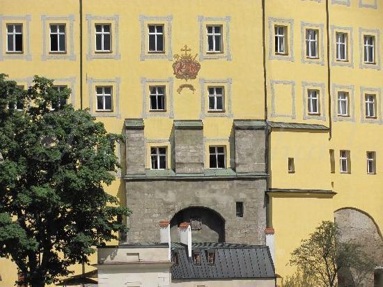 Neue Bischofliche Residenz (New Episcopal Residence): 9