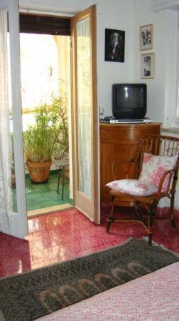 A La Maison: petit balcon