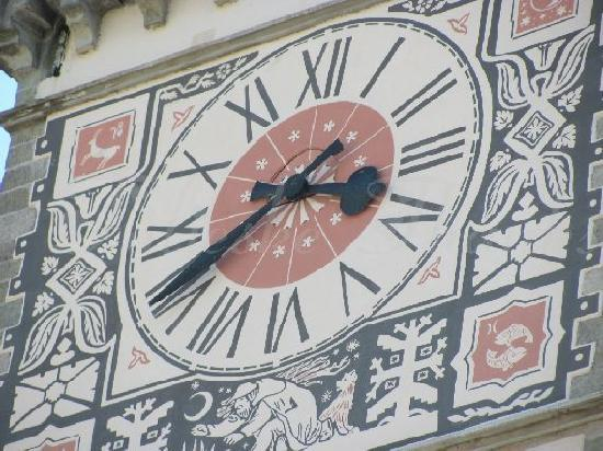 Altes Rathaus (Old Town Hall): clock