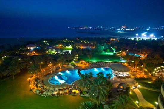 Grounds At Night With Views Of Quot The Palm And The Atlantis