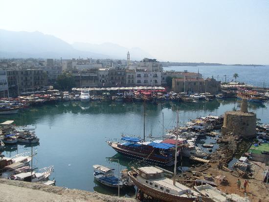 Lapida Hotel: Kyrenia harbour
