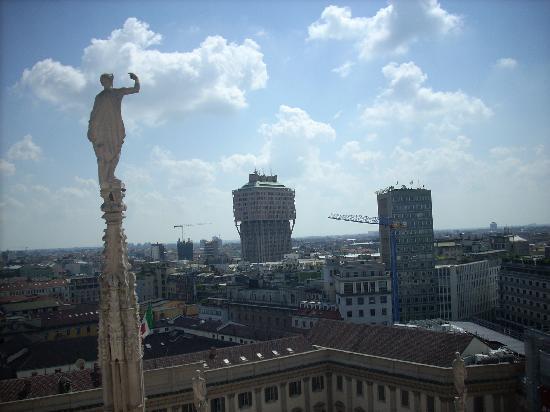 Torre Velasca: vista dal duomo