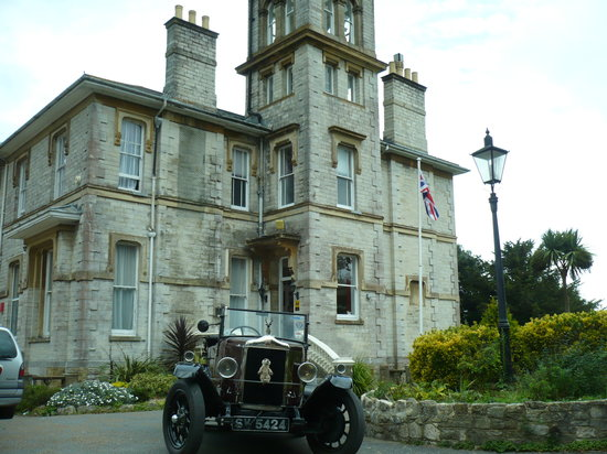 Appley Manor Hotel: Ready for departure