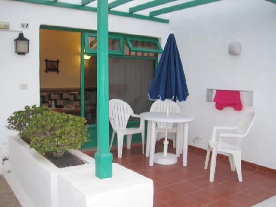 Las Palmeras: terrace